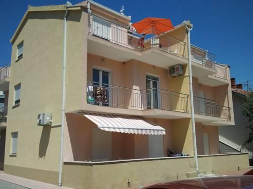 Apartments Neve Marina - dream vacation