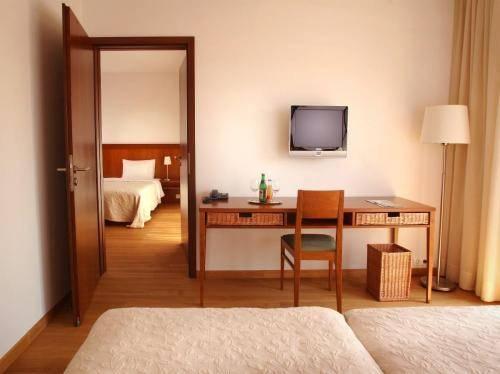 Tiszafured Hungary  city photo : Tisza Balneum Hotel, Tiszafured Compare Deals
