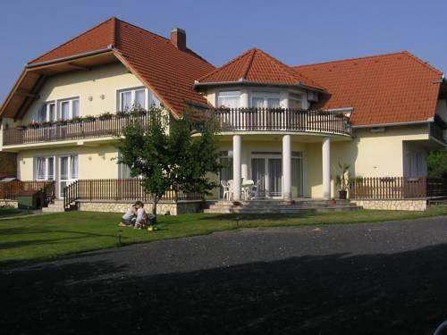 Balaton Apartmanhaz - dream vacation