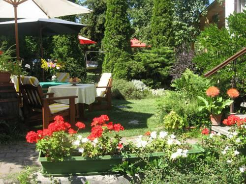 Bacchus Guesthouse - dream vacation