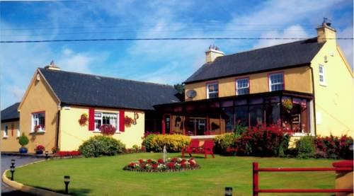 Findus Guest House Bed & Breakfast Macroom - dream vacation