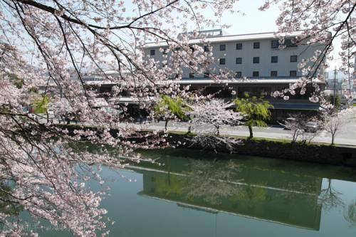 Hikone Castle Hotel - dream vacation