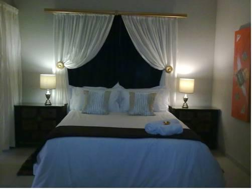 Airport Guest House Tsumeb - dream vacation