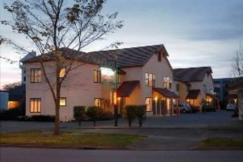 Cumberland Court Motel - dream vacation