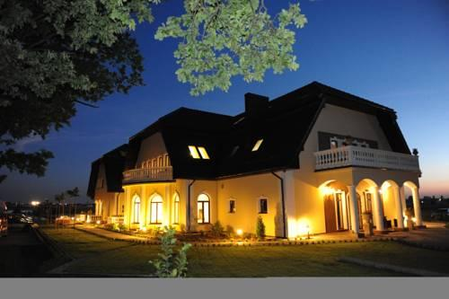 Hotel Bialy Dom - dream vacation
