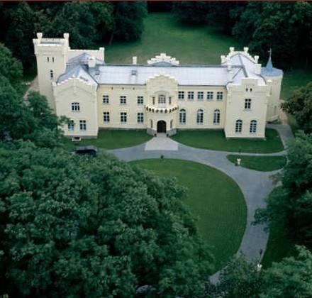 Palac W Krzeslicach - dream vacation