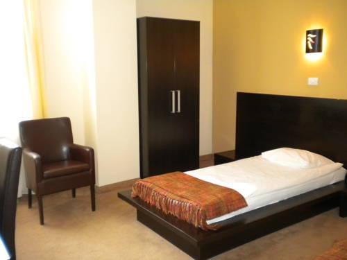 Maxim Hotel Arad - dream vacation