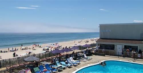 royal atlantic beach resort hotel montauk compare deals. Black Bedroom Furniture Sets. Home Design Ideas