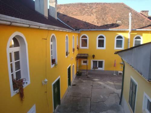 Pension Weisses Lamm - dream vacation