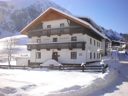 Gastehaus Zugspitzblick - dream vacation