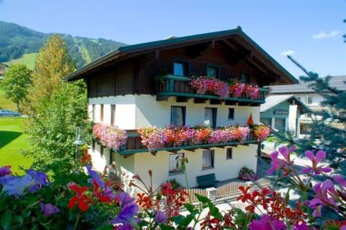 Haus Am Dorfplatz Flachau - dream vacation