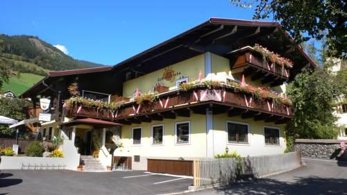 Dorfgasthof Schlosslstube - dream vacation