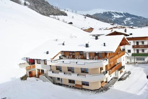 Gastehaus Hochstaffl - dream vacation