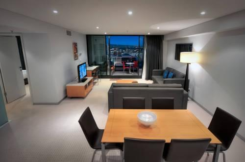 La Loft Apartments North Terrace, Adelaide - Compare Deals