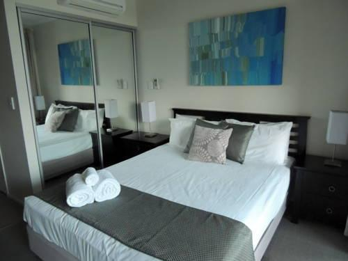 Photo: Airlie Central Apartments