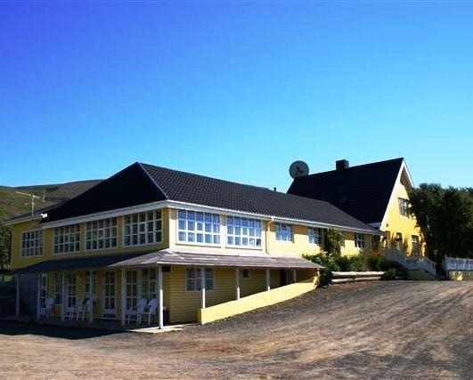 Leifsstadir Guesthouse - dream vacation