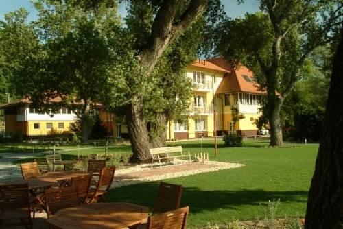 Topart Hotel - dream vacation