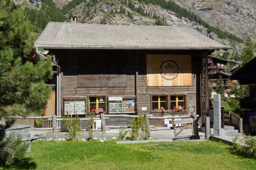 Matterhorn Hostel Zermatt - dream vacation