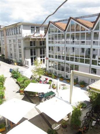 Basel BackPack Hotel - dream vacation