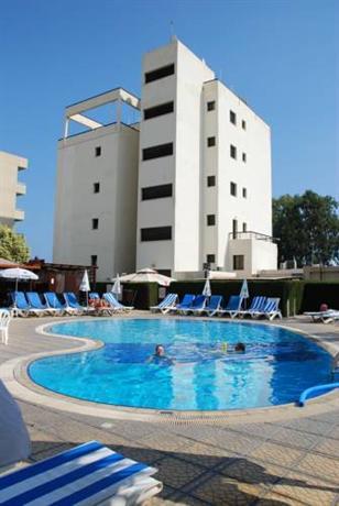 Pigeon Beach Hotel Apartments - dream vacation