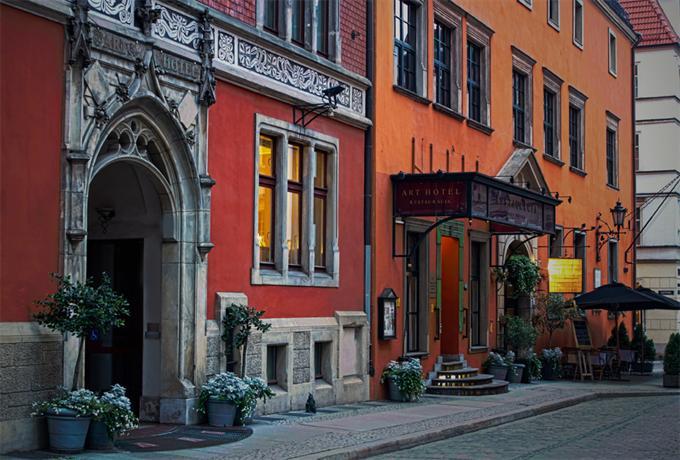 Art Hotel Wroclaw - dream vacation