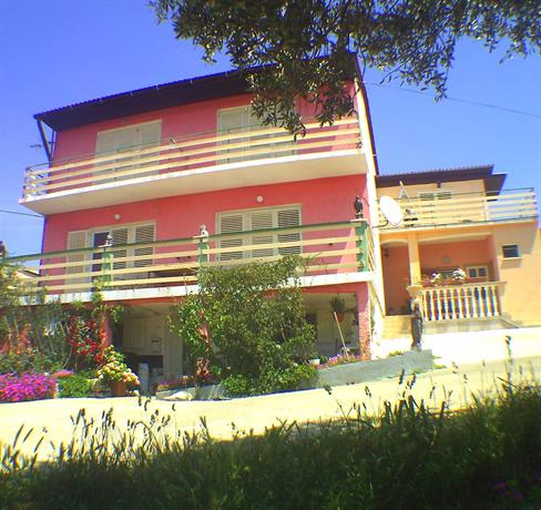 Apartments Opsenica - dream vacation