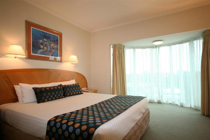 Photo: Cairns Sheridan Hotel