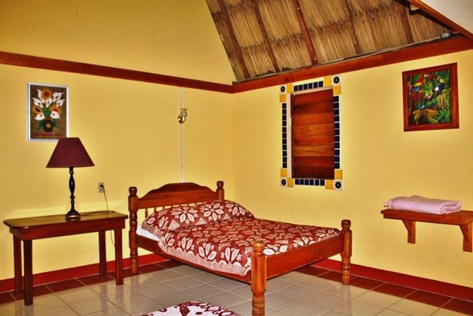 Crystal Paradise Resort - San Ignacio -