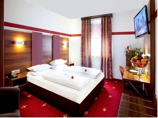 TIPTOP Hotel Burgschmiet Garni - dream vacation
