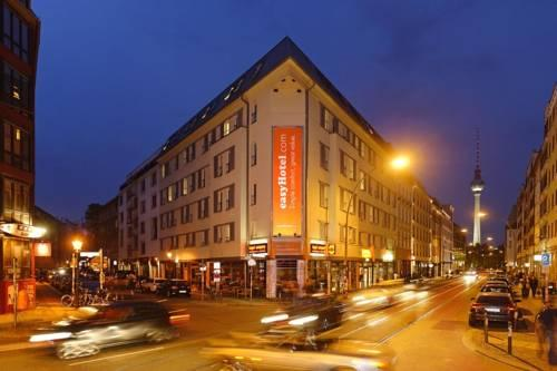 Easyhotel Berlin Hackescher Markt - dream vacation