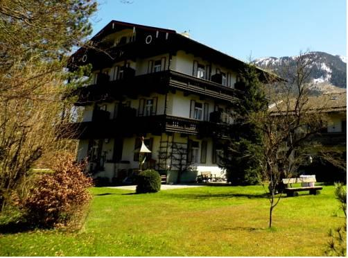 Gastehaus Karolinenhof Garni - dream vacation