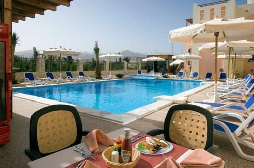4s Hotel - dream vacation