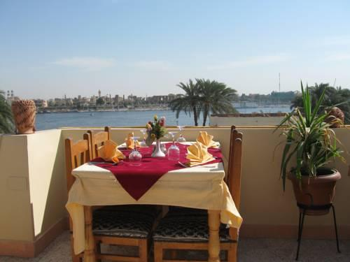 Nile Valley Hotel Restaurant - dream vacation