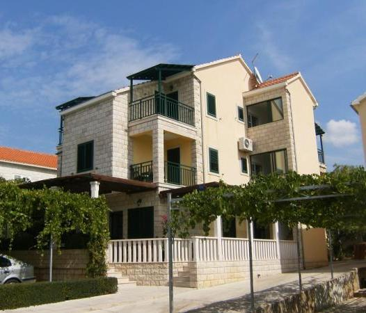 Apartments Maestral Neum - dream vacation
