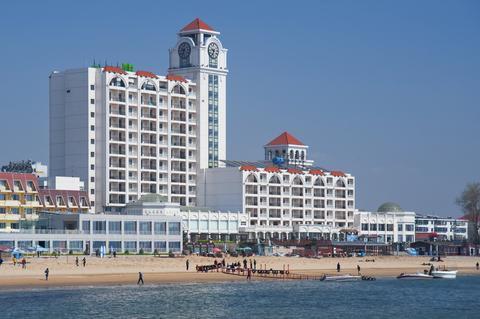 Holiday Inn Sea View Qinhuangdao - dream vacation