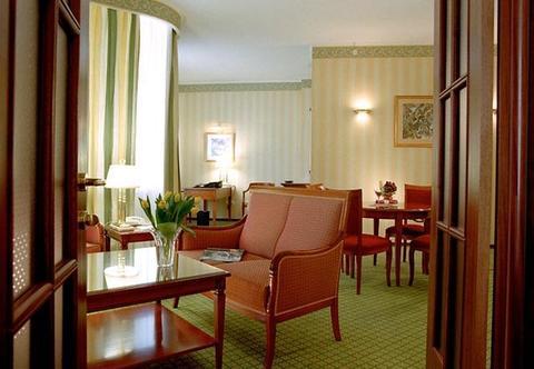 Отель Renaissance Samara