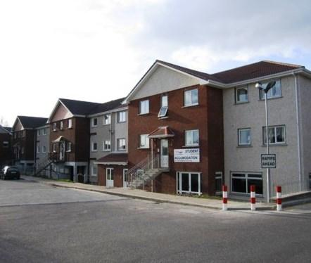Abbeyville Apartments Off Campus Accommodation - dream vacation