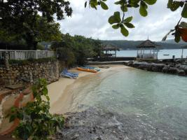 5 Br Beachfront Villa With Pool - Discovery Bay - dream vacation