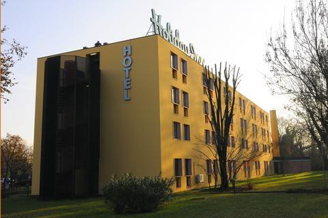 Holiday Inn Milan Linate - dream vacation