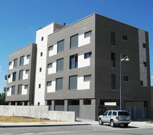 Apartamentos Emilia Feo Leon Gotico - dream vacation