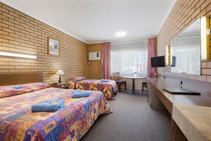 Boomerang Hotel Lavington - dream vacation