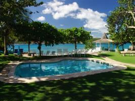 Traditional 5 BR Waterfront Villa - Discovery Bay - dream vacation