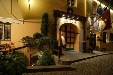 Relais & Chateaux Stikliai Hotel and Apartments Vilnius