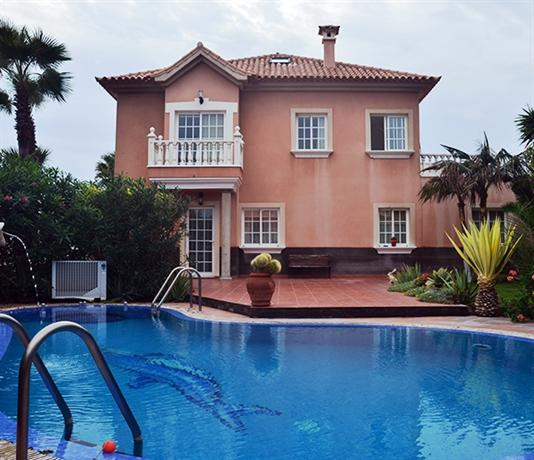 Apartamentos Los Delfines - dream vacation