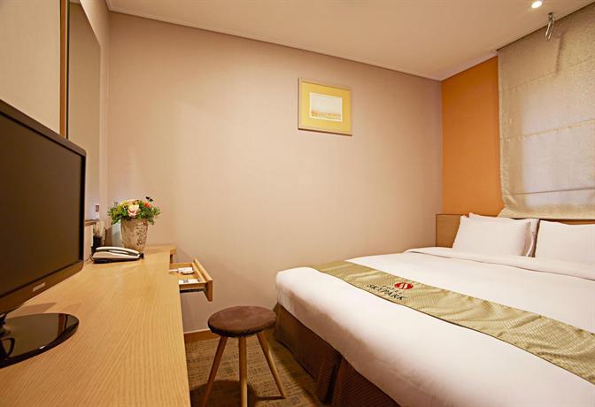 Hotel Skypark Myeongdong III