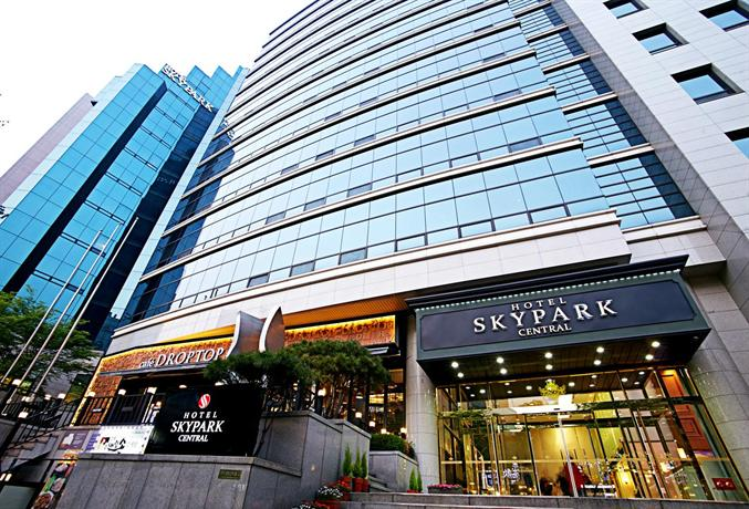 Hotel Skypark Central Myeongdong - dream vacation