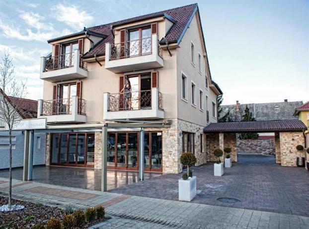 Mirage Hotel Sarvar - dream vacation