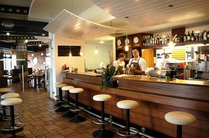 Hotel Restaurant Das Schiff - dream vacation