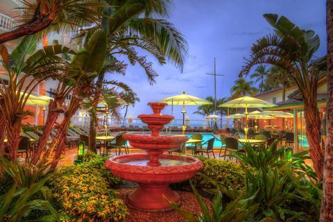 Beachcomber Resort & Villas
