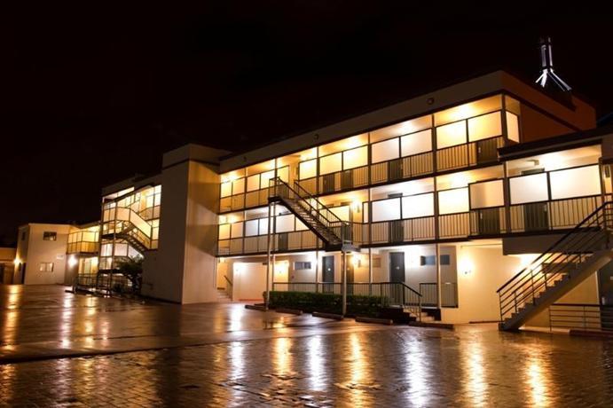 Photo: The Waverley International Hotel